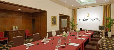 Intercontinental rome wedding